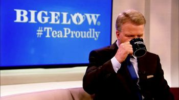Bigelow Tea TV Spot, 'The Right Thing to Do' Featuring Phil Simms - Thumbnail 7