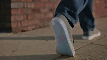 Dr. Scholl's TV Spot, 'Justin Walks' - Thumbnail 6