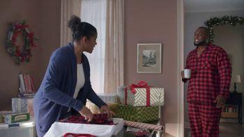 Lowe's Black Friday Deals TV Spot, 'Gift-Giver: Dewalt Drill' - Thumbnail 2