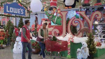 Lowe's Black Friday Deals TV Spot, 'Gift-Giver: Dewalt Drill' - Thumbnail 5