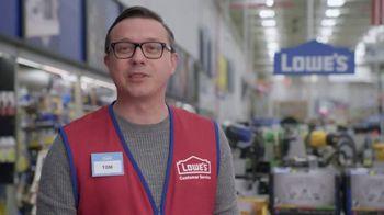 Lowe's Black Friday Deals TV Spot, 'Gift-Giver: Dewalt Drill' - Thumbnail 6