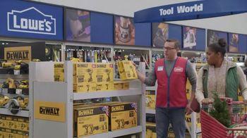 Lowe's Black Friday Deals TV Spot, 'Gift-Giver: Dewalt Drill' - Thumbnail 8