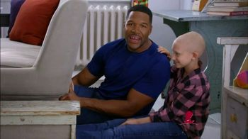 St. Jude Children's Research Hospital TV Spot, 'Join Michael Strahan' - Thumbnail 2
