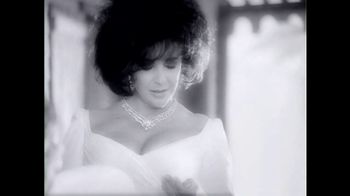 Elizabeth Taylor White Diamonds TV Spot, 'The Intriguing Fragrance' - Thumbnail 2