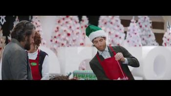 Verizon Unlimited TV Spot, 'Wrapping Paper: Bow' Feat. Thomas Middleditch - Thumbnail 2