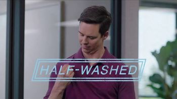 Downy Protect & Refresh TV Spot, 'Half-Washed: Steakhouse' - Thumbnail 6