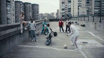 FIFA 18 TV Spot, 'El Tornado' Featuring Cristiano Ronaldo, James Harden - Thumbnail 3