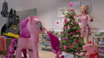 Target TV Spot, 'Deck the Halls in Millennial Pink' Featuring Nate Berkus - 1270 commercial airings