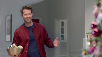 Target TV Spot, 'Deck the Halls in Millennial Pink' Featuring Nate Berkus - Thumbnail 7