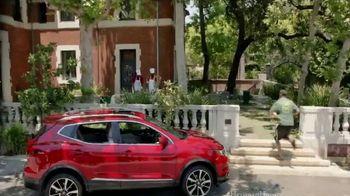 Nissan TV Spot, 'Heisman House: Rivalry Week' Featuring Marcus Mariota [T1] - Thumbnail 3