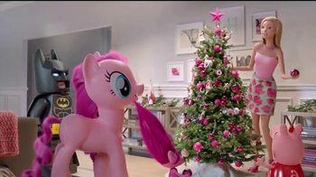 Target TV Spot, 'Fiestas con Millenial Pink' con Jaime Camil [Spanish] - Thumbnail 6
