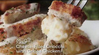 Olive Garden Flavor Filled Pasta TV Spot, 'Get Together' - Thumbnail 5
