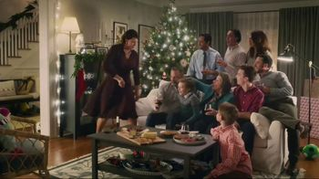 IKEA TV Spot, 'Family Photo' - Thumbnail 8