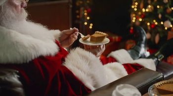 Denny's TV Spot, 'Snack for Santa' - Thumbnail 5