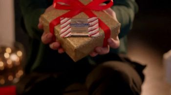 Ghirardelli Peppermint Bark Squares TV Spot, 'Tradition' - Thumbnail 1
