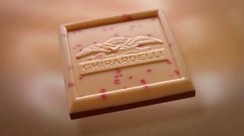 Ghirardelli Peppermint Bark Squares TV Spot, 'Tradition' - Thumbnail 7