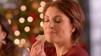 Ghirardelli Peppermint Bark Squares TV Spot, 'Tradition' - Thumbnail 9