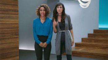AT&T Next TV Spot, 'Chismosa: iPhone 8' [Spanish] - Thumbnail 6