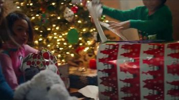 Walmart Cyber Monday TV Spot, 'Rock This Christmas' Song by KISS - Thumbnail 3