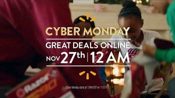 Walmart Cyber Monday TV Spot, 'Rock This Christmas' Song by KISS - Thumbnail 5