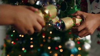 Walmart Cyber Monday TV Spot, 'Rock This Christmas' Song by KISS - Thumbnail 7