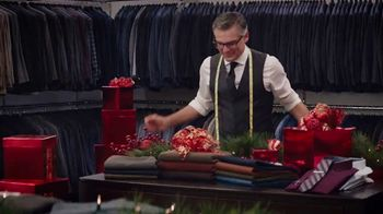 Men's Wearhouse TV Spot, 'Open Early: Suits, Sweaters and Outerwear' - Thumbnail 3