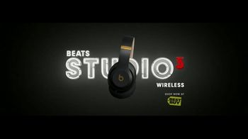 Beats Studio3 Wireless TV Spot, 'Above the Noise' Song by Ruel - Thumbnail 8