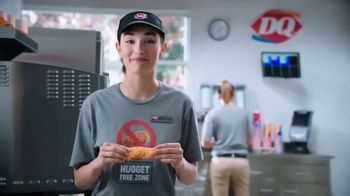 Dairy Queen Chicken Strip Basket TV Spot, 'Nugget-Free Zone' - Thumbnail 5