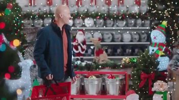 ACE Hardware Biggest Holiday Light Sale TV Spot, 'Huge Holiday Savings' - Thumbnail 6