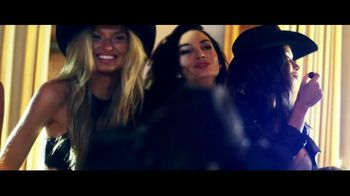 Victoria's Secret TV Spot, 'Holiday' Song by The Flying Burrito Bros. - Thumbnail 10