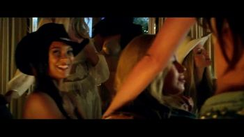 Victoria's Secret TV Spot, 'Holiday' Song by The Flying Burrito Bros. - Thumbnail 9