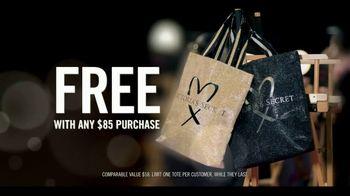 Victoria's Secret TV Spot, 'Fashion Show Bag' - Thumbnail 5