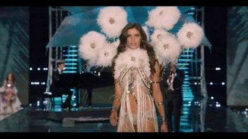 Victoria's Secret TV Spot, 'Fashion Show Bag' - Thumbnail 6