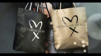 Victoria's Secret TV Spot, 'Fashion Show Bag' - Thumbnail 7