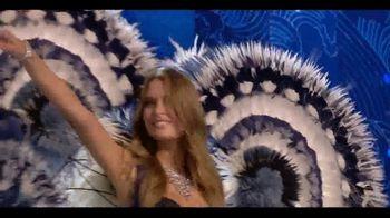 Victoria's Secret TV Spot, 'Fashion Show Bag' - Thumbnail 8