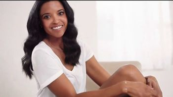 Aveeno Skin Relief Lotion TV Spot, 'MVP' Featuring Renee Elise Goldsberry - Thumbnail 2