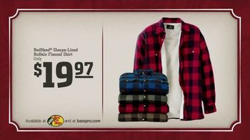 Bass Pro Shops Holiday Sale TV Spot, 'Cyber Week Specials: Flannel' - Thumbnail 7