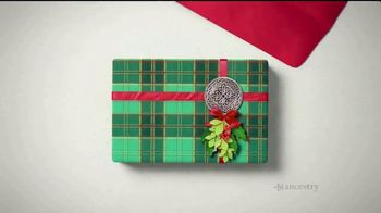 AncestryDNA Holiday Sale TV Spot, 'Happy Holidays from AncestryDNA' - Thumbnail 4