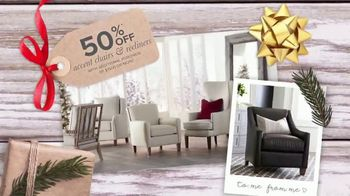 Bassett Black Friday Weekend TV Spot, 'Chairs and Collections' - Thumbnail 2