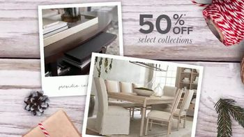 Bassett Black Friday Weekend TV Spot, 'Chairs and Collections' - Thumbnail 3