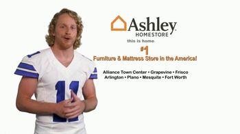 Ashley HomeStore 36 Hour Black Friday Extended Event TV Spot, 'Extended' - Thumbnail 8