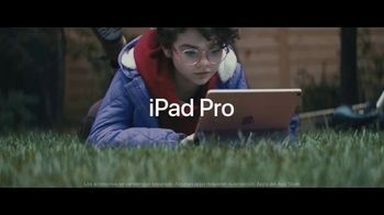 Apple iPad Pro TV Spot, 'Computadora' canción de Louis the Child [Spanish] - Thumbnail 9