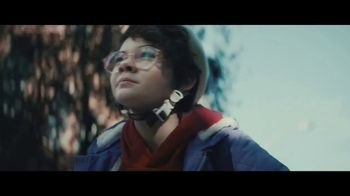 Apple iPad Pro TV Spot, 'Computadora' canción de Louis the Child [Spanish] - Thumbnail 3