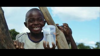 World Vision TV Spot, 'Clean Water Changes Everything' - Thumbnail 10