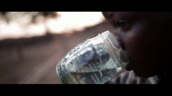 World Vision TV Spot, 'Clean Water Changes Everything' - Thumbnail 6