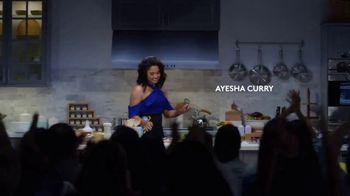 CoverGirl Peacock Flare Mascara TV Spot, '' con Ayesha Curry [Spanish] - Thumbnail 5