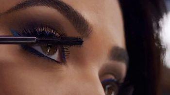 CoverGirl Peacock Flare Mascara TV Spot, '' con Ayesha Curry [Spanish] - Thumbnail 6