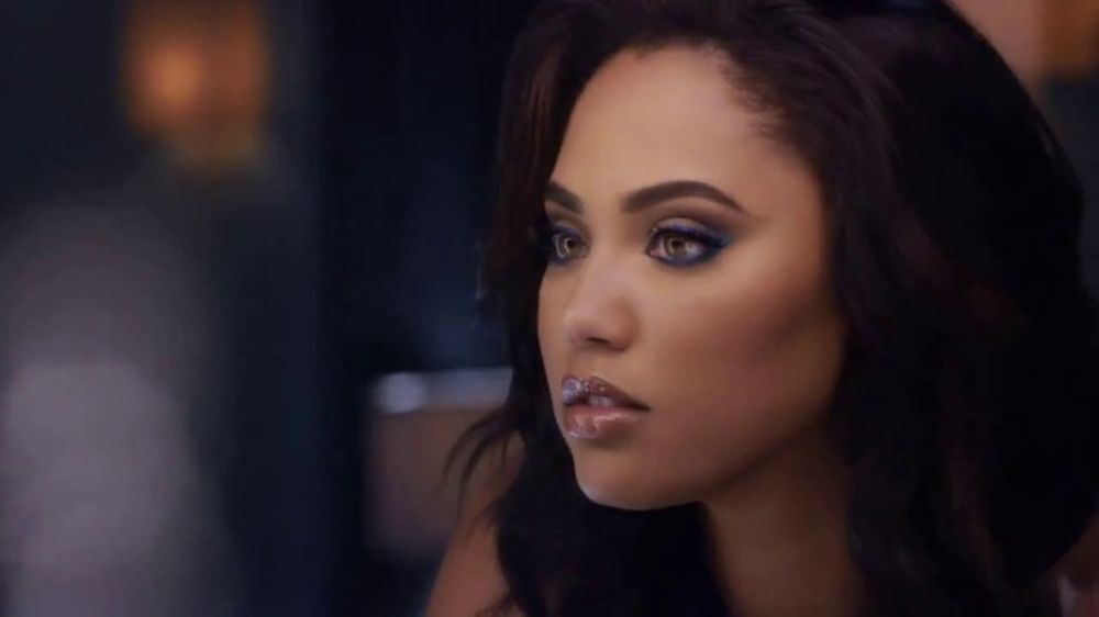 CoverGirl Peacock Flare Mascara TV Commercial, 'Commerciallight' Featuring  Ayesha Curry - Video