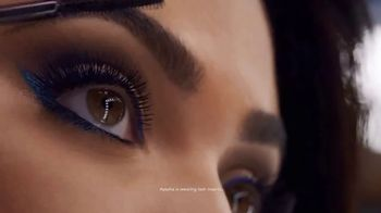 CoverGirl Peacock Flare Mascara TV Spot, 'Spotlight' Featuring Ayesha Curry - Thumbnail 6