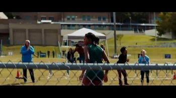 Dick's Sporting Goods TV Spot, 'Holiday Gift of Determination' - Thumbnail 2